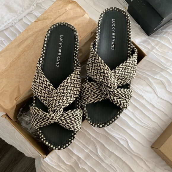 Lucky Brand Shoes - Lucky Brand slides